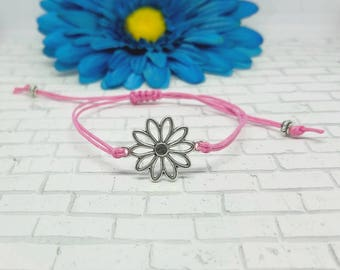 Flower Bracelet, Daisy, Flower, Daisy Bracelet, Macrame, Bracelet, Adjustable, String Bracelet, Silver, Spring