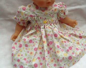 Clothing, dress has smocked flowers doll 30 cm 302