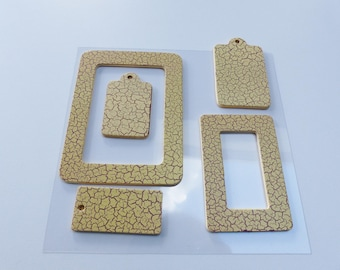 2 frames and tags 3 tags in wood effect beige Crackle