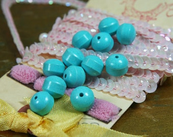 "Vintage Pressed Turquoise ""Powder Pill""  Beads 8mm - 12 PCS."