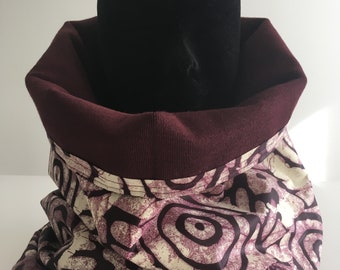 The Maroon reversible snood