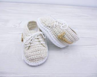 Crochet baby shoes Baby sneakers Baby booties Crochet baby booties, Infant baby shoes, Newborn boy shoes, Baby crochet shoes, Baby gift set,