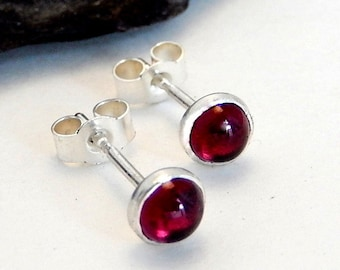 SIlver stud earrings,silver gemstone stud earrings,silver garnet stud earrings,silver garnet earrings,silver gemstone earrings,silver studs