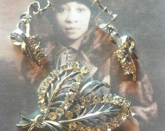 SALE Clear Rhinestone Brooch & Earring Set Vintage Lot 120