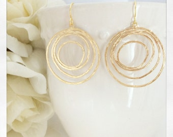 Gold Earrings, Circle Pendant, Bridesmaid Jewelry, Boho Earrings, Boho Jewelry, Bridesmaid Earrings, Circle Jewelry, Circle Earrings, Gift