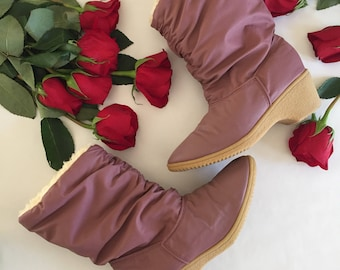 Mauve Snow Boots | 7 sherpa lining pointed toe waterproof rubber wedge heel soles winter ankle boots 80s vintage indie kitsch