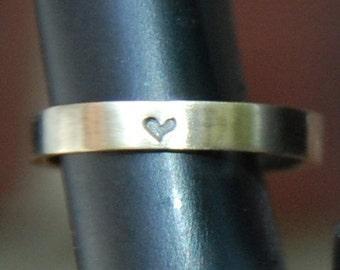 3mm 14 kt Yellow Gold Heart Wedding Band