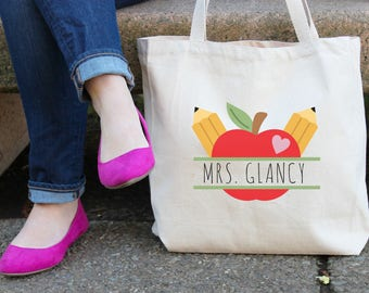 Personalized Teacher Tote Bag // Teacher Appreciation Apple Custom Canvas Book Bag // End of School Year Personalized Teacher Gift // TB004