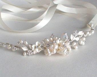 Bridal headband. Bridal head piece. Wedding headband. Pearl headband. Ribbon headband. Bridal headpiece. Headband. Hair accessories.