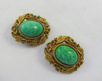 Large Gold Tone Filigree Floral Peking Glass Cabochon Clips