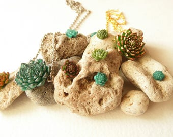 Succulent choker succulent jewelry succulent necklace Polymer clay jewelry Gift for her green jewelry Cactus jewelry succulent pendant