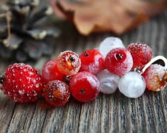 Lampwork Winter Berry pendant/ Pendant with Rosehips, Rowan, Wildings and Ice / Lampwork Jewelry / Artisan Glass Beads/ Frozen Berries