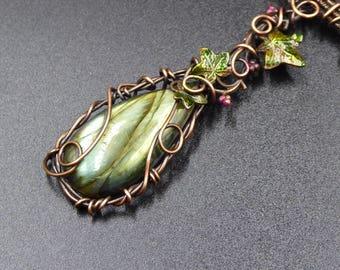 Labradorite Bib Necklace, Ivy Leaf Necklace, Vine Necklace, Labradorite Necklace, Leaf Jewelry, Elven Bib Necklace