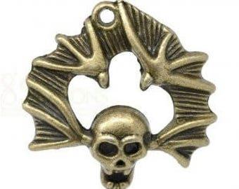 11 39x38mm bronze skull pendants
