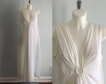 Vintage Molyclaire White Nightgown, Molyclaire, White Nightgown, Romantic, Vintage Nightgown, 1960s Nightgown, Vintage Lingerie