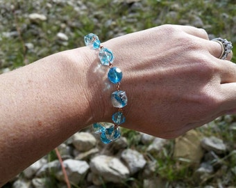 Blue Glass and Copper Chain Link Bracelet - Handmade and Original Womens Fashion Accessories