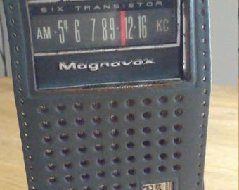 Vintage 1960's Magnavox Six Transistor AM Radio KC with Case Collectable Radio Pocket Radio