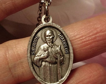 Big Sale Upcycled Saint St Jude Thaddeus Silver Italy Religious Medal Pendant Necklace 16 Inch Steel Chain