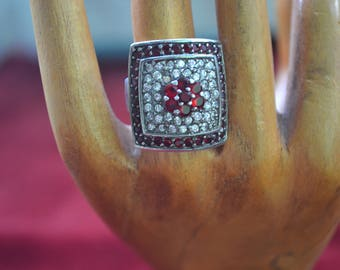 Vintage sterling silver cz ring/ silver ring/ cz ring/ multistone ring/ an.1123
