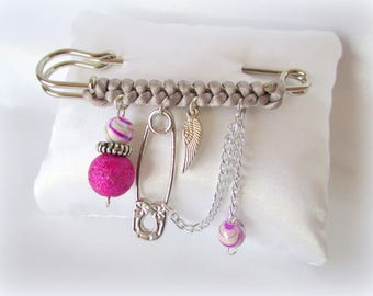 Fancy gift brooch pink and gray