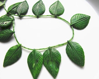 Green Coral Carved Leaf Pendant Bead