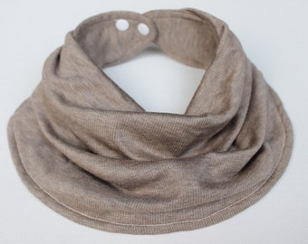 Infinty baby scarf bib
