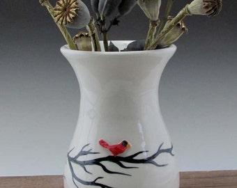 Cardinal Medium Vase