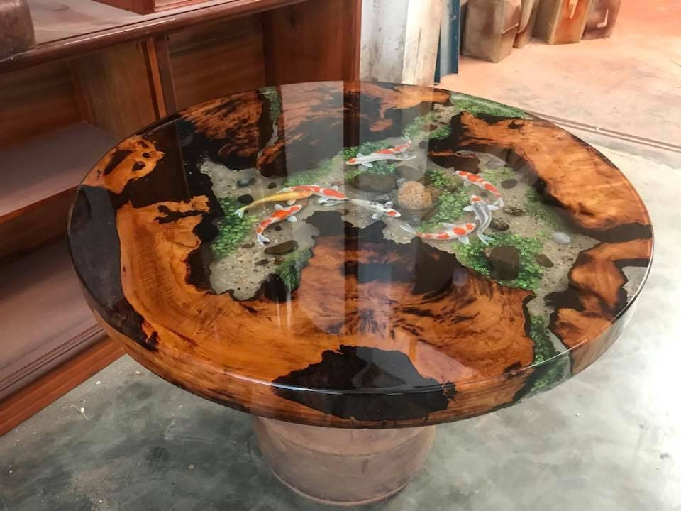 epoxy resin transparent table handcrafted custom 3d fish draw. Black Bedroom Furniture Sets. Home Design Ideas