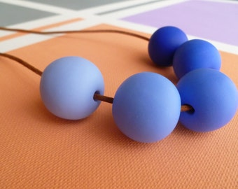 Ombre Blue Spherical Polymer Necklace