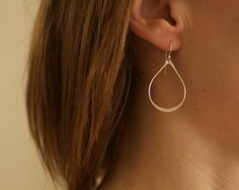 gold teardrop earrings, simple lightweight, everyday, bridesmaids, wedding, gift for her, sterling silver, E15