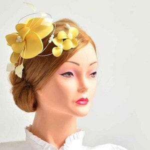 Yellow fascinator Large yellow fascinator hat Romantic fascinator Yellow wedding headpiece  Flower headpiece Wedding fascinator