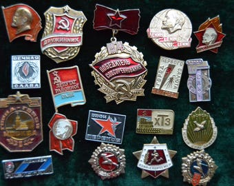 18 Soviet propaganda pins, Lenin, Leader of Communist Labor, Young Pioneer, Suit Making Supplies, made in USSR, Vintage Suit Making Supplies