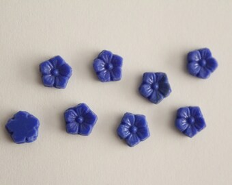 Vintage carved blue glass flower beads 8mm (8)