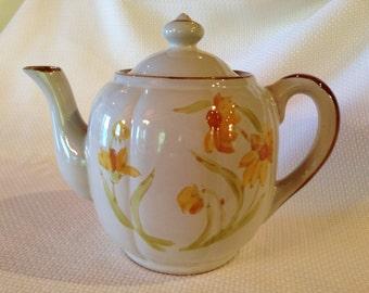 Vintage Stonecrest Everglade Flower Teapot, Ceramic Teapot