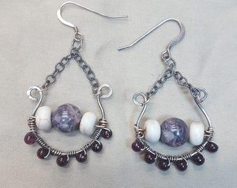 SOLD.Porcelain Jade, Garnet Chain Earrings