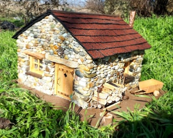 Mini house Acamar