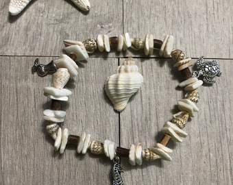 Nautical shell bracelet