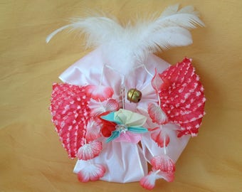 VJ133:Kanzashi ornament,Japanese Girls traditional Kimono Kanzashi hair ornament with flowers and feathers,hakama hairstyle,made in Japan
