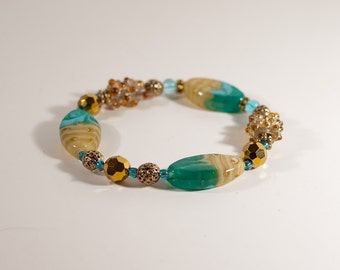 Sand and Surf: Turquoise and Gold Beaded Stretch Bracelet