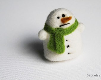 Snowman ornament - needle felted Christmas decoration - Undecided