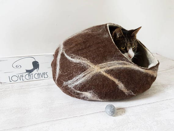 ... Cat Bed / Cat Cave / Cat House / Cat Nap Cocoon / Cat Lover Gift