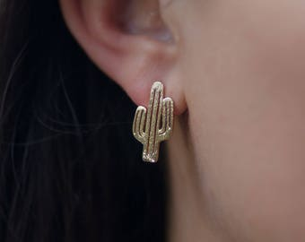 Stud | free shipping | earring | gold | minimalistic | cactus