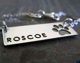 Dog paw bar pendant necklace. Personalized sterling silver dainty pet necklace. Memorial necklace for dog. Rescue animal lover gift.