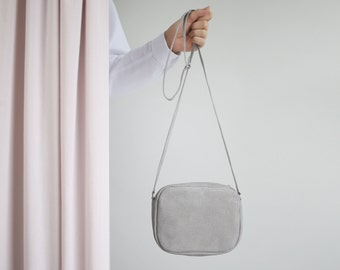 Cross body zip bag taupe metallic suede, Small leather purse, Shoulder bag, Crossbody purse, Bridal bag