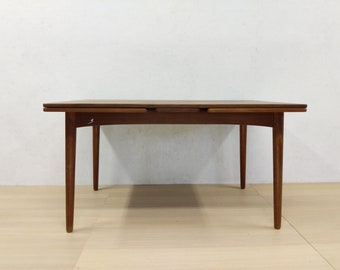 Vintage Danish Modern Teak Dining Table - Free NYC Delivery!