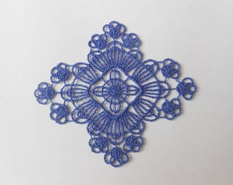 Blue pattern lace 6 x 6.8 cm