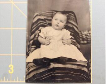 Vintage photo, baby tin type photo,Baby Picture, Photo of baby,Vintage Baby picture