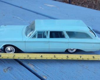 Rare Hubley Model Car 1960 (?) Ford Country Sedan Station Wagon Promo Aqua Blue