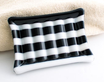 Black and White Stripe Soap Dish, Fused Glass, Bathroom Accessories, Bar Soap Holder, Powder Room Decor, Modern Home Accent, Gifts for Men