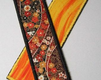 Fall flowers bookmark - black trim